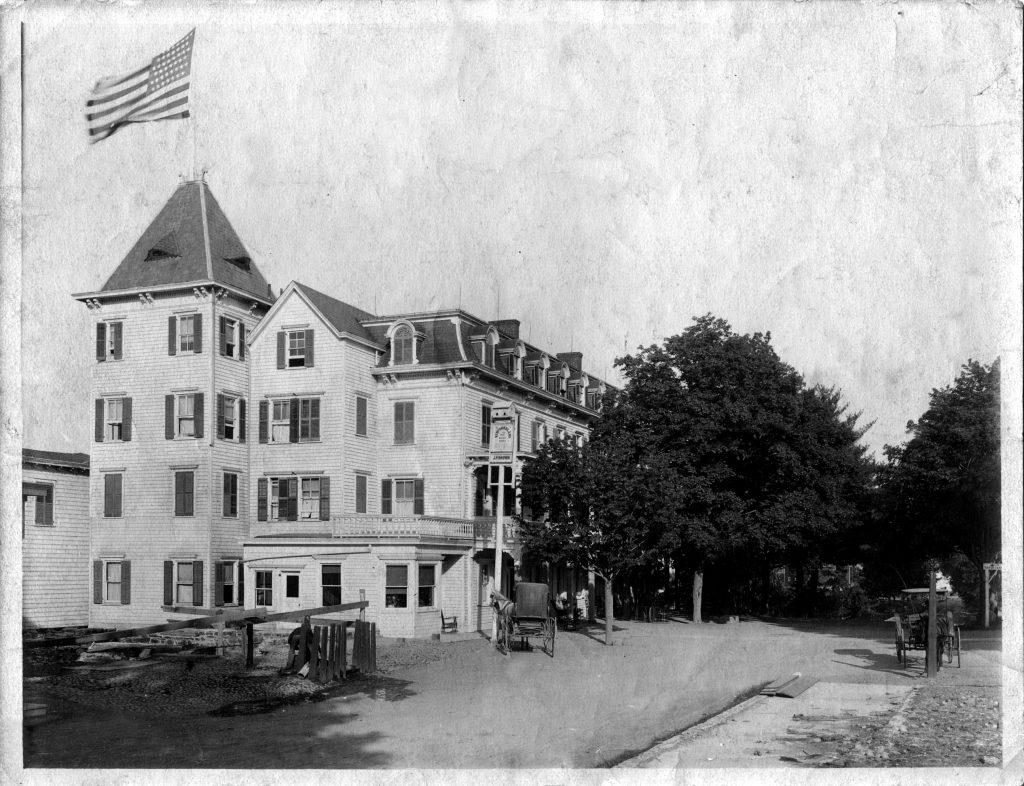 Brown's Hotel Newfoundland, NJ